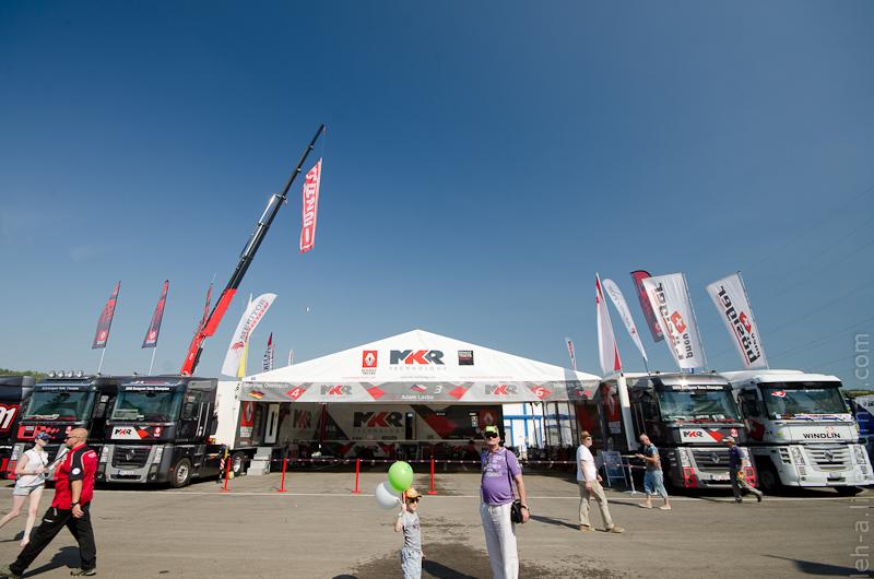 паддок FIA European Truck Racing Championship
