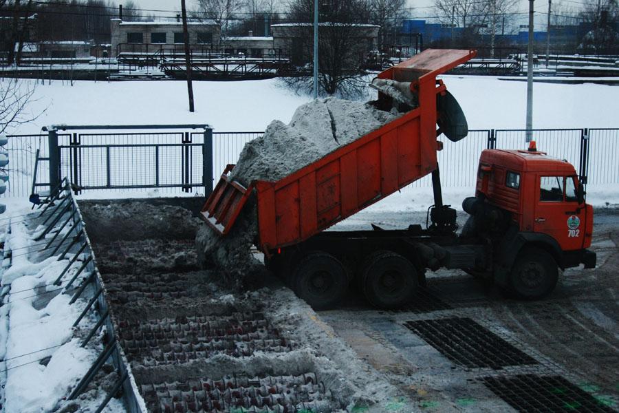 """Целый """"Камаз"""" снега ильда перемалывается замгновения"""