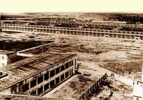 Вотэти внушительные бараки – нечто иное, как панорама завода настанции Сетунь Московской области, 1933год
