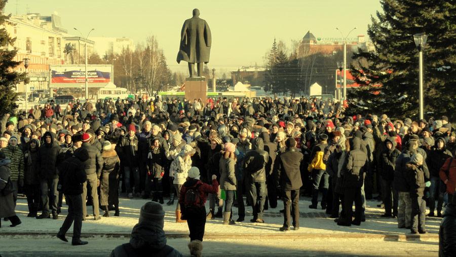 Барнаул, 10декабря 2011 года. © wight-cube.livejournal.com