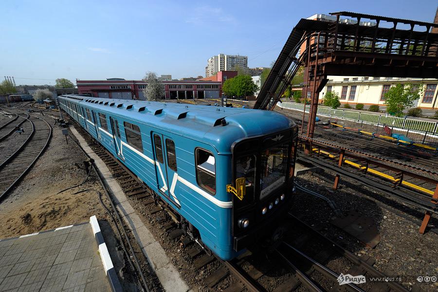 """...подготовили шикарный репортаж из депо  """"Северное """", который прекрасно дополняет мой пост про первую очередь метро."""
