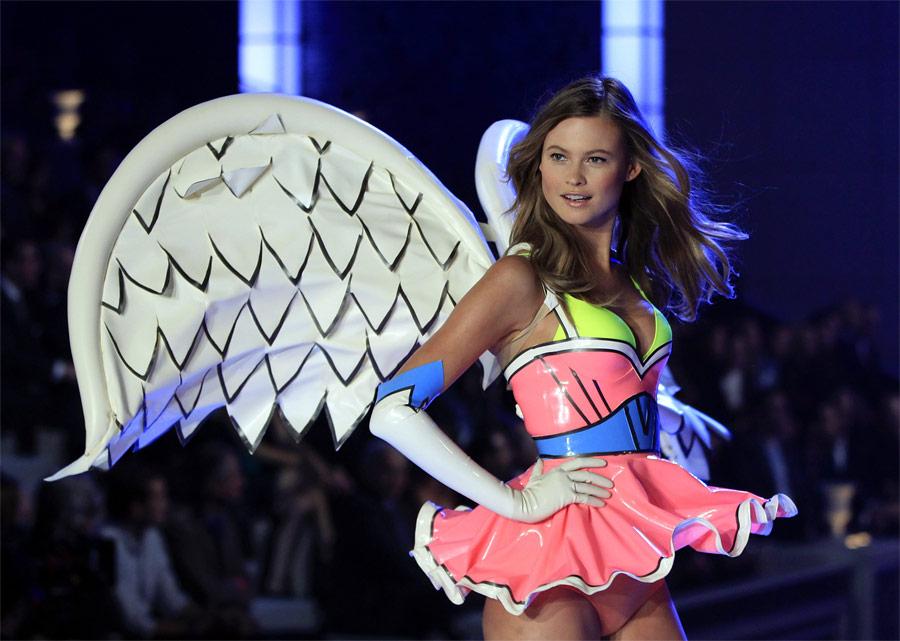 Модное шоу Victoria's Secrets вНью-Йорке. © Lucas Jackson/Reuters