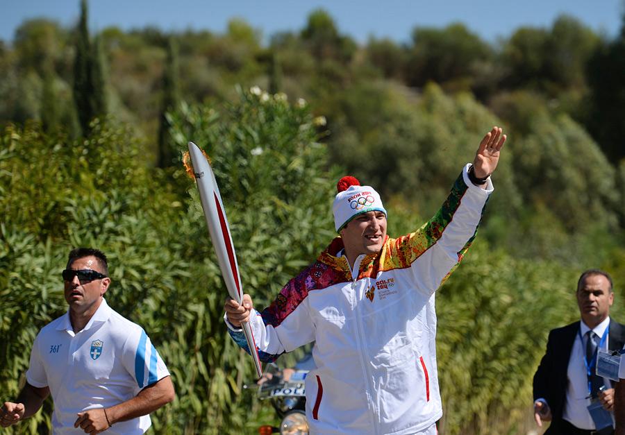 В Греции зажгли свет зимней Олимпиады в Сочи (ФОТО)