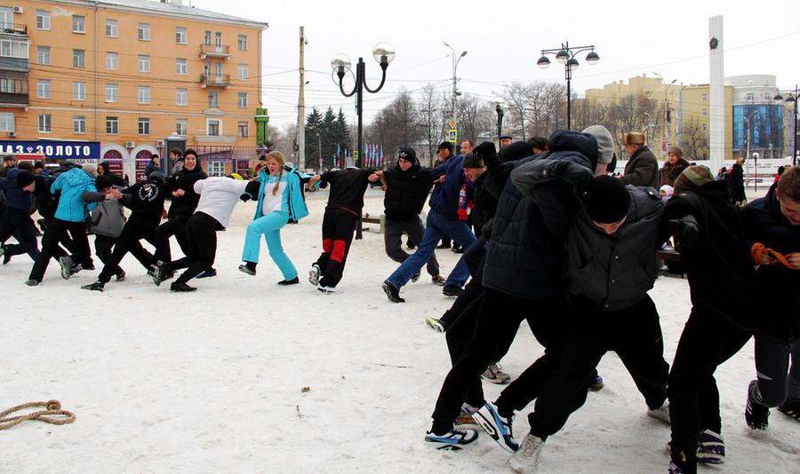 Русские забавы. Цепи  © Олеся Шевцова/Ridus.ru