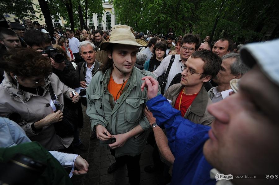 связи помощь евреям в москве стирать термобелье