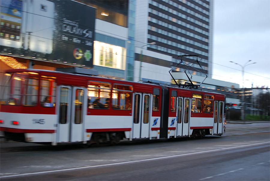 ...большинство жителей Таллина высказались за то, чтобы отменить плату за проезд в городском общественном транспорте.