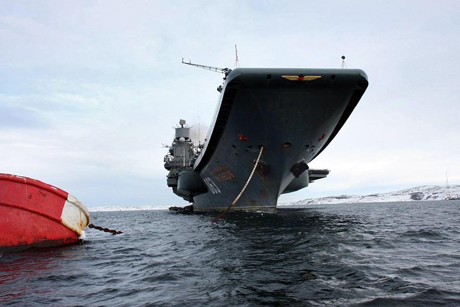 Тяжелый авианесущий крейсер «Адмирал Кузнецов». © ВМФ РФ/РИА Новости
