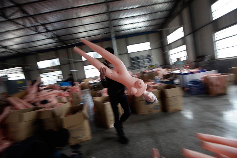 Секс в клубе фабрик