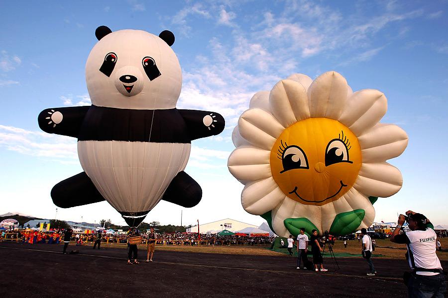 На Филиппинах начался фестиваль воздушных шаров Ft4NamptUksvhk8Pvg3qQA