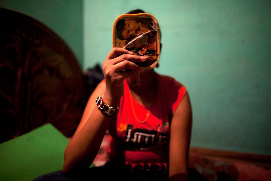 Тяжелая жизнь малолетних проституток из Бангладеш - фото 18.