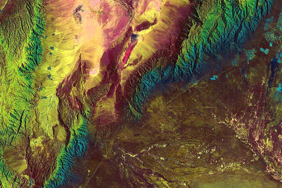 Хребет Сьерра-де-Веласко в Аргентине.