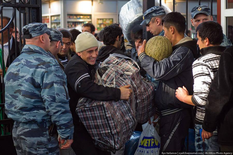 У таджиков в москве начались проблемы