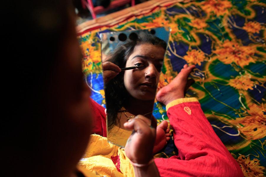 Фото Ню Проститутки Бангладеша