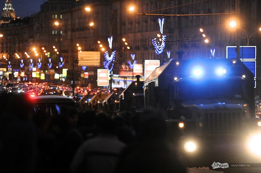 Полицейские машины наПушкинской площади 6декабря 2011 года. © Антон Белицкий/Ridus.ru