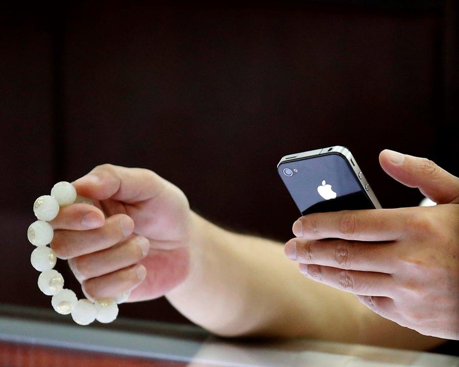 Apple: СМИ: iPhone 5S представят 10 сентября
