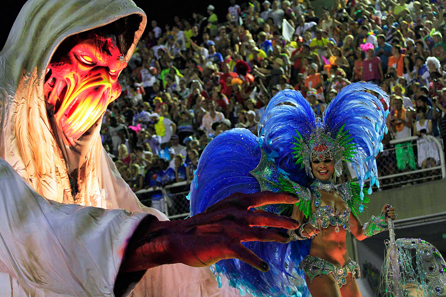 the spectacular carnival in rio de janeiro The sambadrome marquês de sapucaí is the purpose-built stadium located in rio de janeiro, brazil, designed specifically to host the annual parade of samba schools during rio carnival.