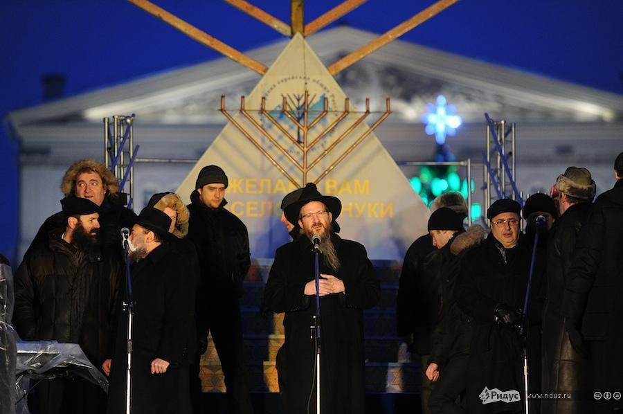 Торжество послучаю празднования Хануки вМоскве 26декабря 2011 года. © Антон Белицкий/Ridus.ru