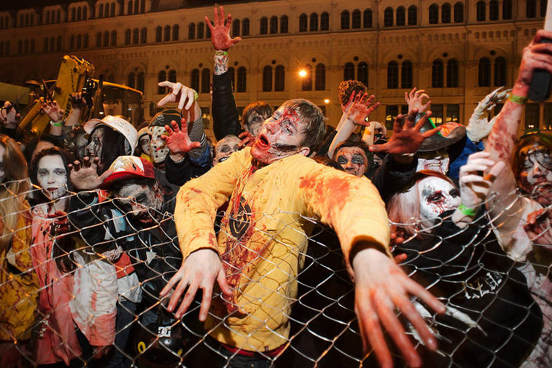 Zombie Walk in St. Petersburg / Зомби-моб в Санкт-Петербурге