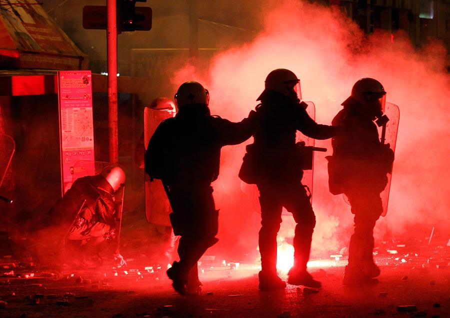 вашему фотографии массовых беспорядков очень просто развести