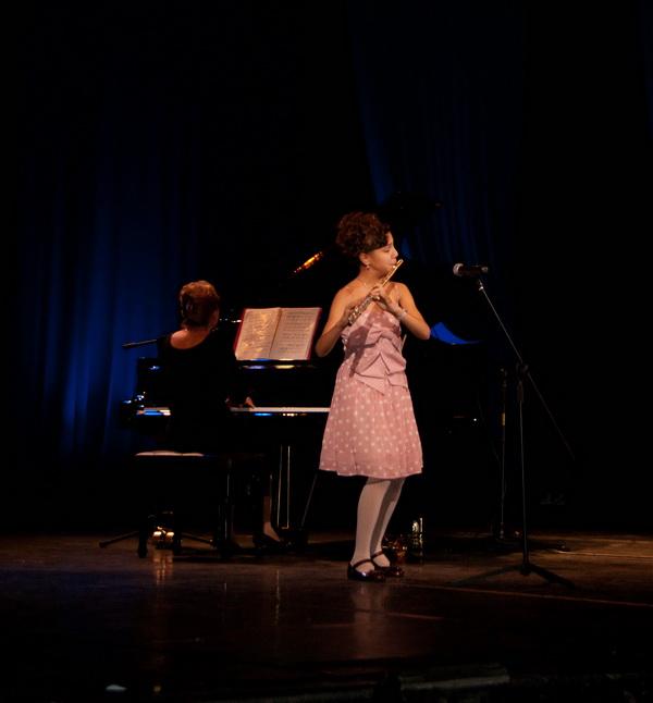 В праздничном концерте приняли участие лауреаты предыдущего благотворительного аукциона «Нота До»