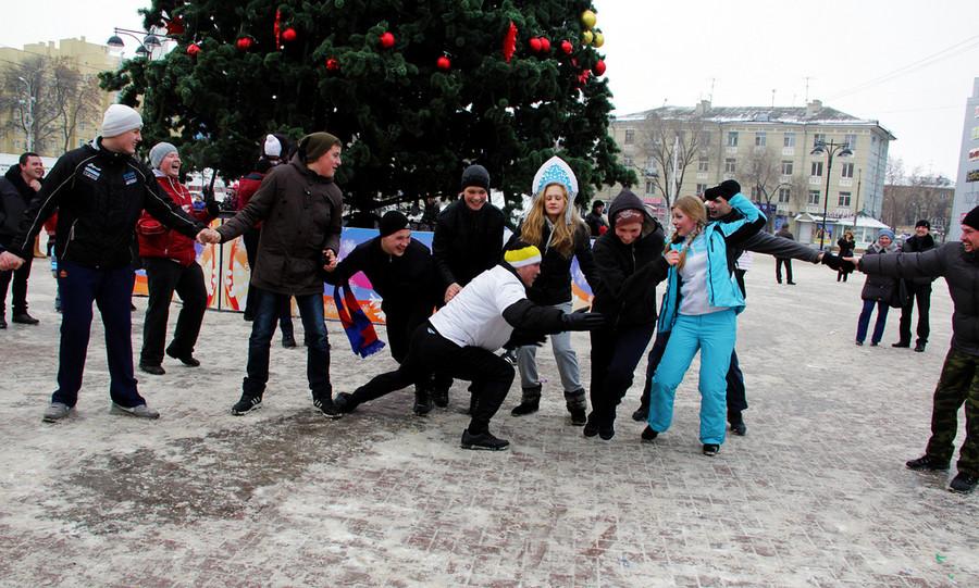 Русские забавы. Утица иселезень  © Олеся Шевцова/Ridus.ru