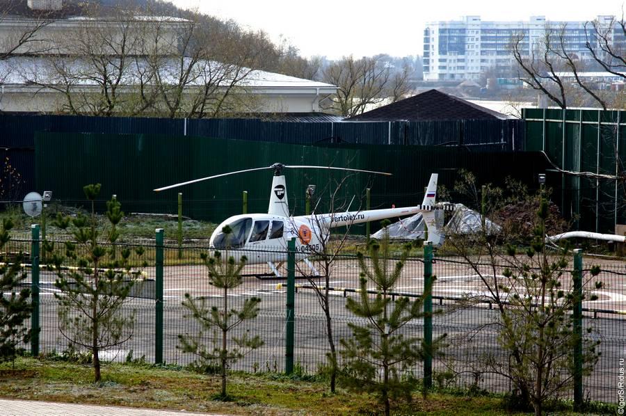 Полеты вертолетов надМосквой.