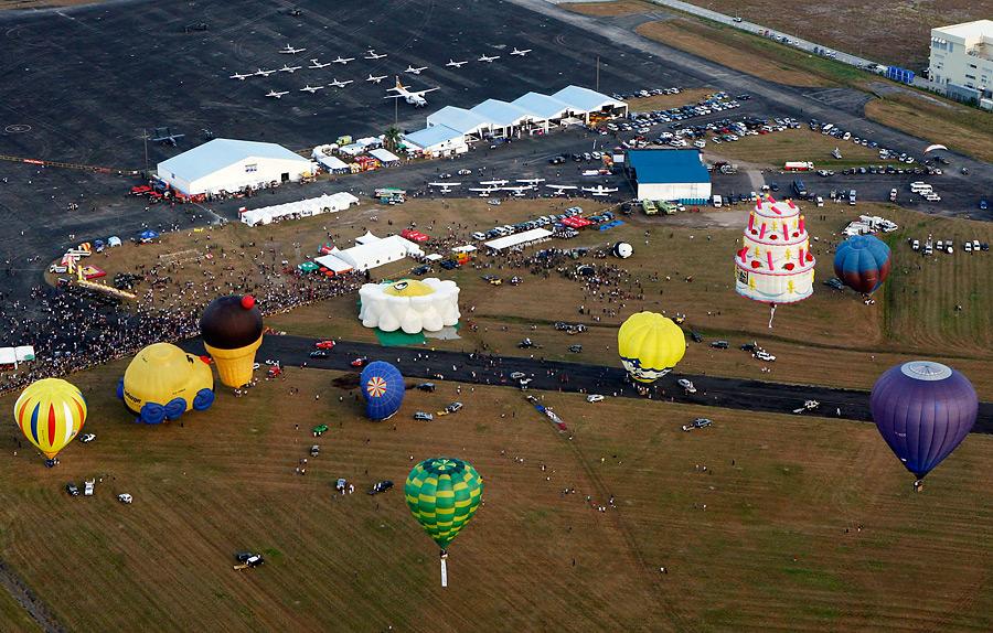 На Филиппинах начался фестиваль воздушных шаров Iz47ptzgoUuKce3s1JG8VQ