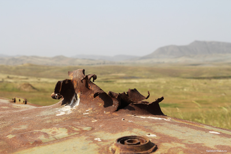 Подбитая азербайджанская техника © Пётр Казаков/Ridus.ru