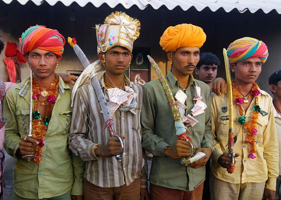 Проститутки деревни индийские