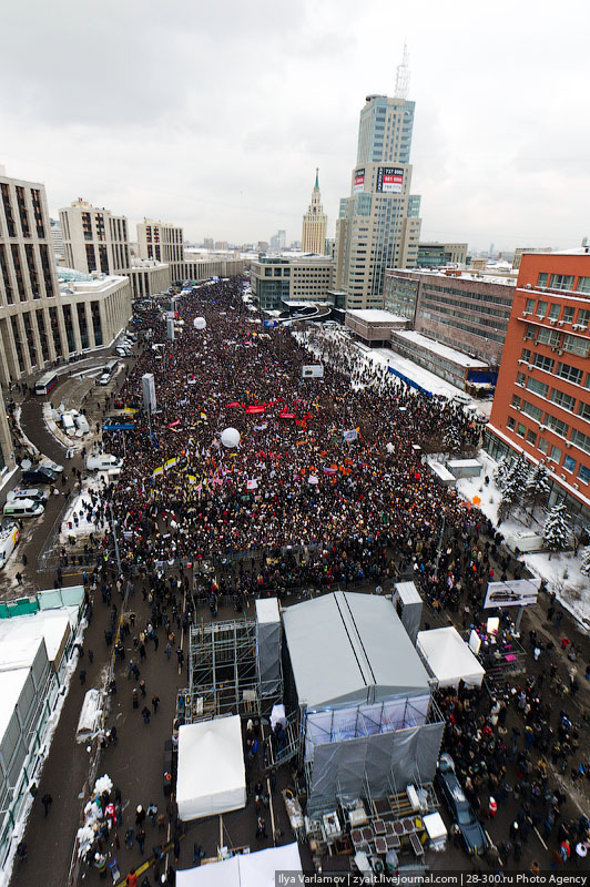 Митинг «Зачестные выборы» напроспекте Сахарова вМоскве 24декабря 2011 года. © Илья Варламов/Ridus.ru