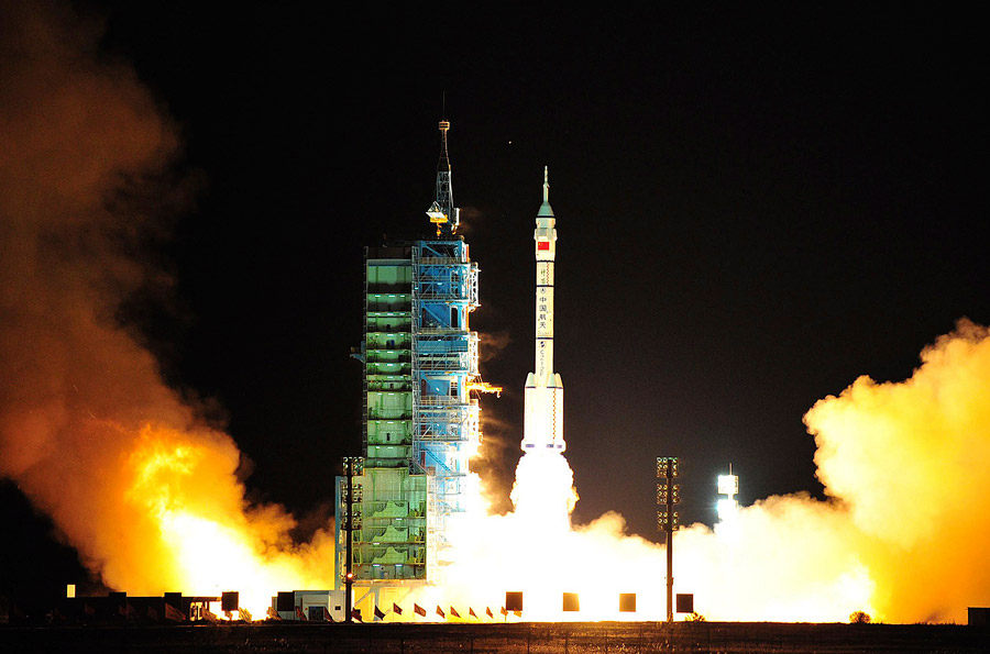 Старт Шэньчжоу-8. © China Daily/REUTERS