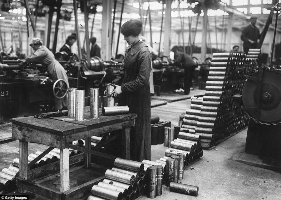 women in munitions factories What did women in wales do during the first world war in munitions factories by spring 1915 there was a serious shortage of all sorts of armaments.