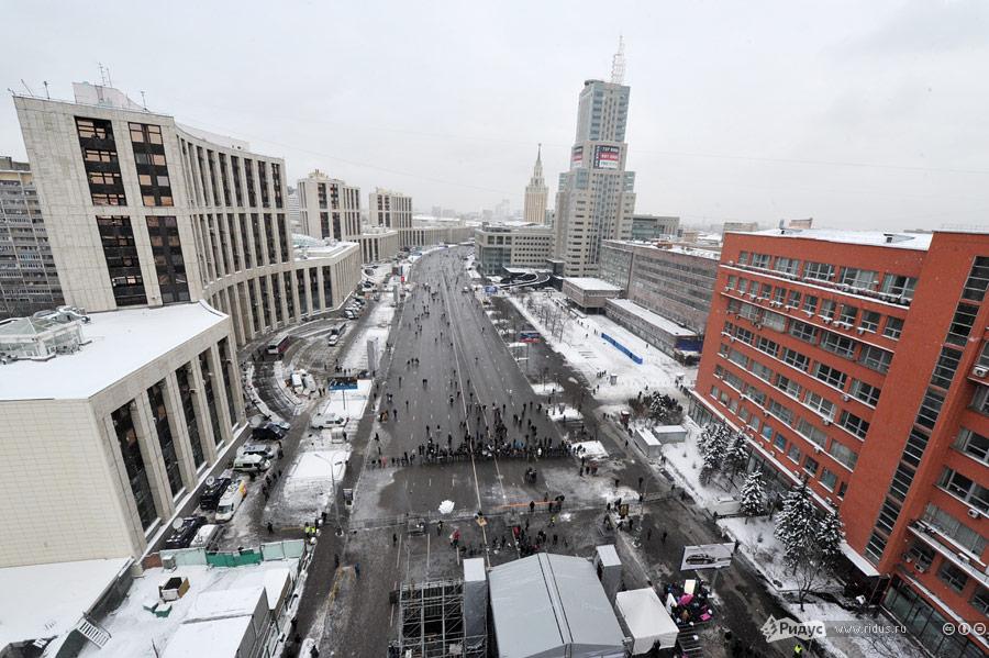 Видсверху напроспект Сахарова, где будет проводиться митинг «Зачестные выборы» 24декабря 2011 года. © Антон Тушин/Ridus.ru