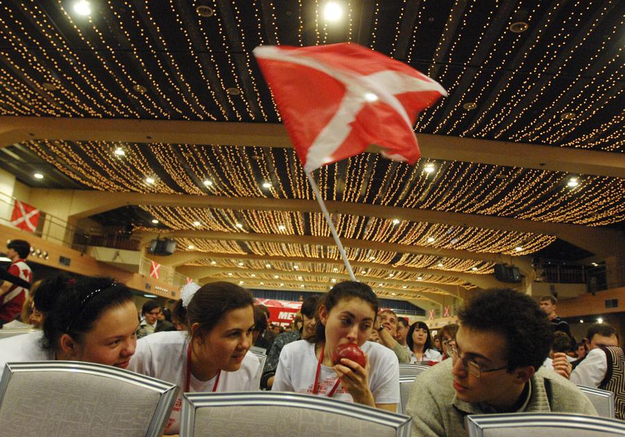 Участники VФедерального съезда молодежного движения «Наши» в2010 году. © Анна Шевелева/ИТАР-ТАСС