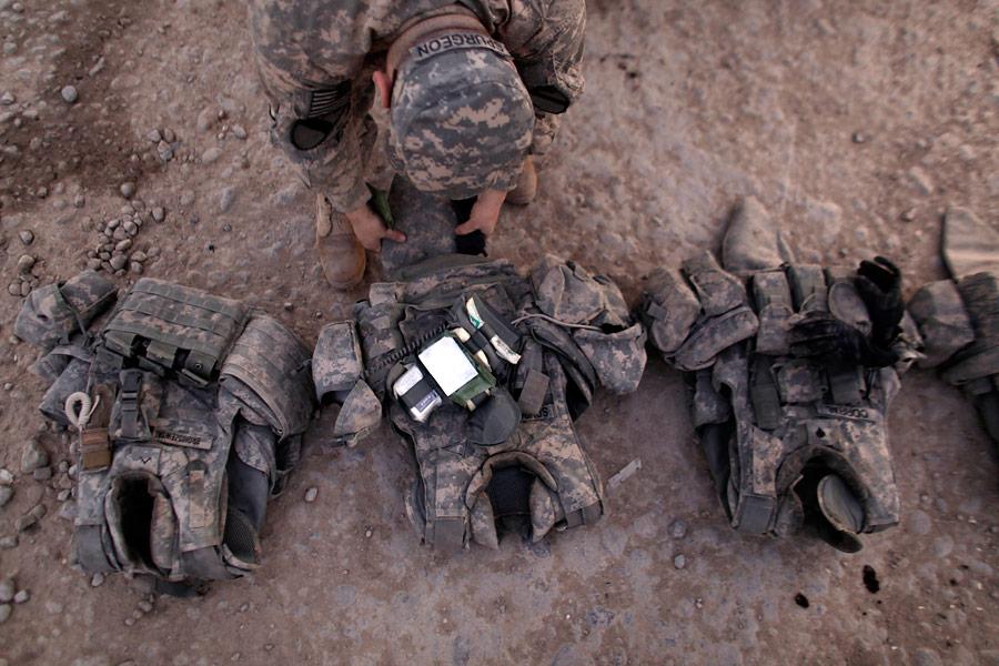 Сборы перед отправкой изИрака вКувейт. © Maya Alleruzzo/AP Photo
