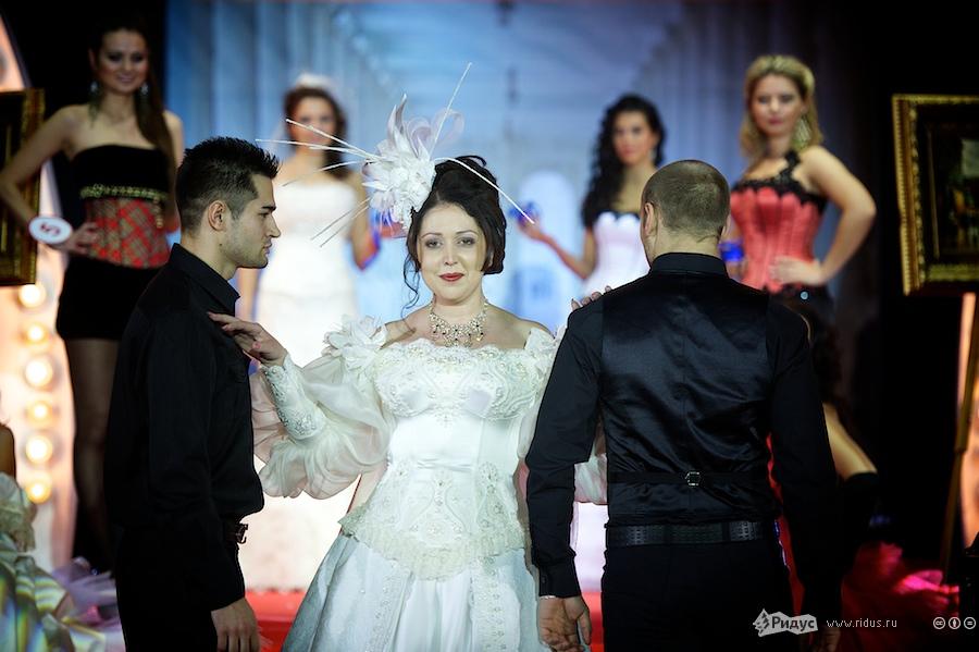 Выступление ввечерних платьях. © Антон Белицкий/Ридус