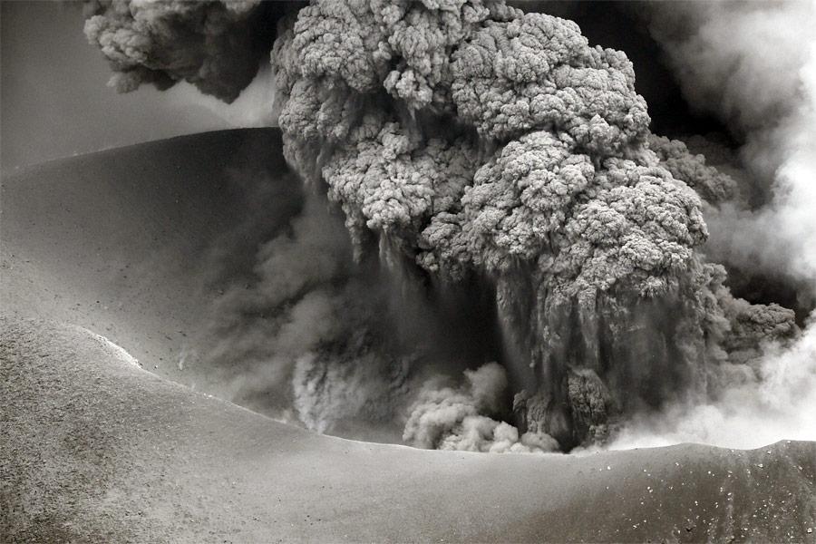 Извержение вулкана Симмоэ вЯпонии. © Kyodo/Reuters