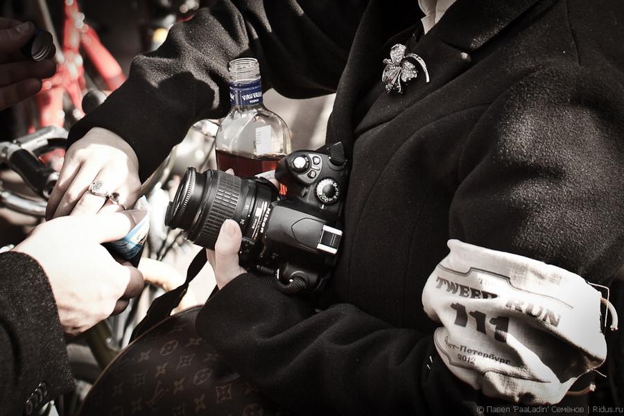Распитие спиртного на велопробеге. Фото: Павел 'PaaLadin' Семёнов   Ridus.ru