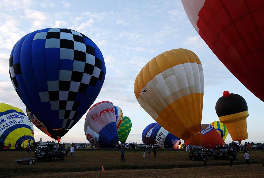 На Филиппинах начался фестиваль воздушных шаров VeQJmI95KdzTeUPrOsFCrw
