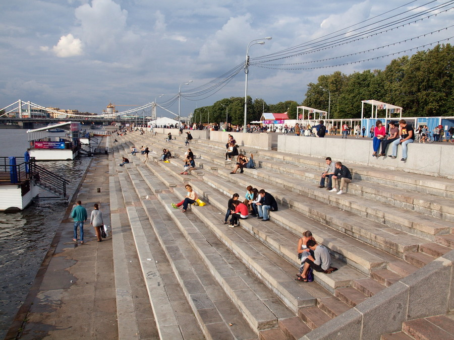 калининградской области фото парков на набережной реки москвы это