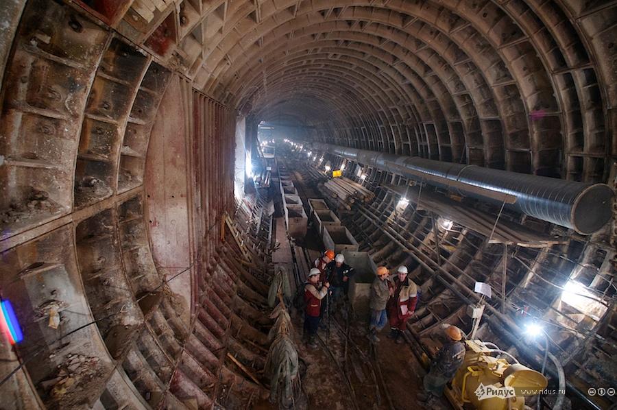 На стройке подземного города