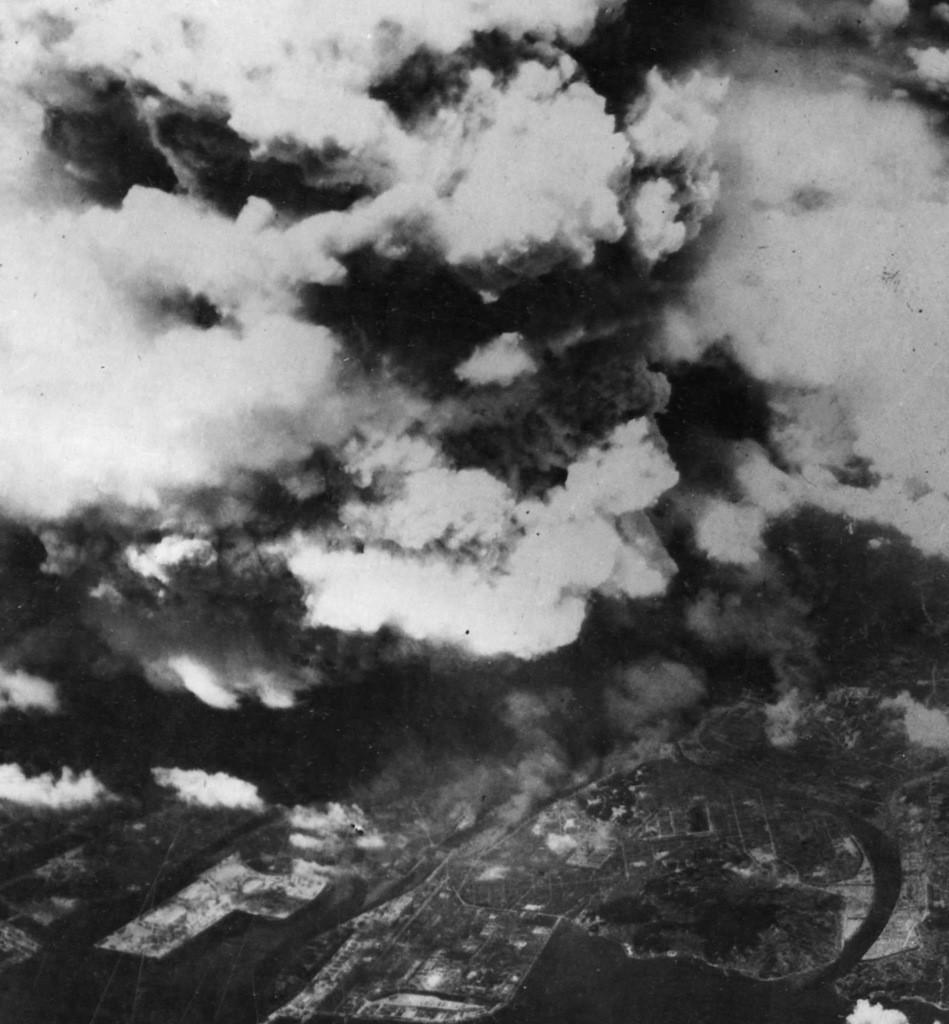 hiroshima historians ressess The scene that stands out the most to me that illustrates both primary and secondary reflection is the by historians in the hiroshima historians ressess.