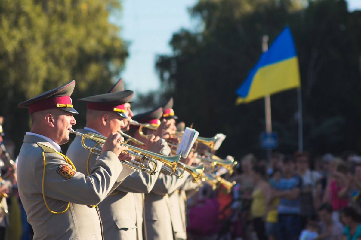 "© ""Военный оркестр / Military orchestre"" by spoilt.exile is licensed under CC BY-SA 2.0"